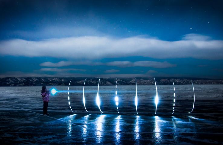 写一首雪与冰的诗 —贝加尔湖6晚8日蓝冰摄影之旅