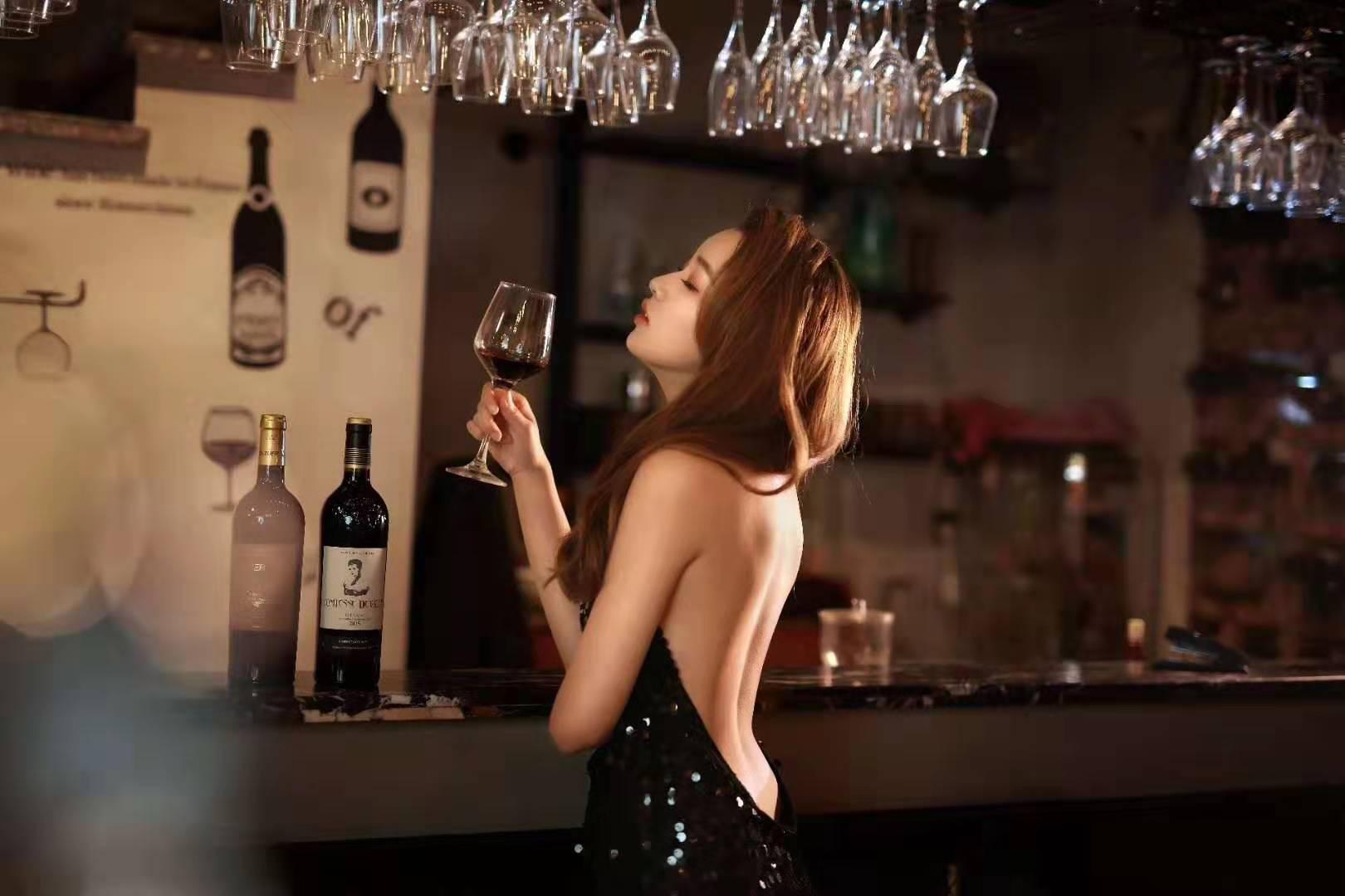 佳能摄影讲座和酒吧美女模特拍摄的通知 (免费参加)